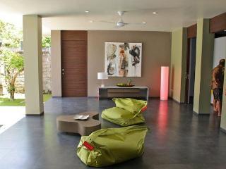 Villa A Kori: ideal location for Seminyak and beac - Seminyak vacation rentals