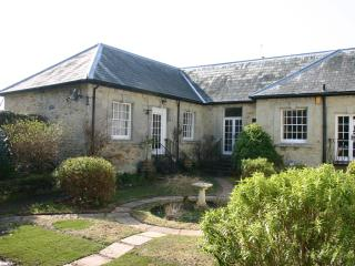 17th Century Cottage Isle of Wight Kid/Dog welcome - Newport vacation rentals