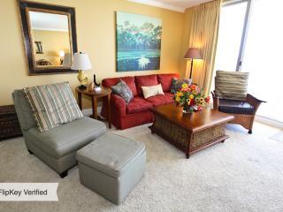 Beautifully Decorated 1 Bedroom Condo at Emerald Beach Resort - Panama City Beach vacation rentals