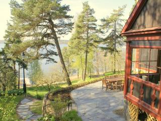 Stockholm Villa, Sea View, 10 Min to City by Car - Stockholm County vacation rentals