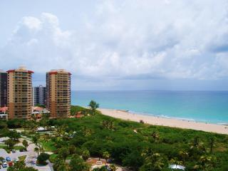 SUPERB ocean and waterway views Marriott Resort! - West Palm Beach vacation rentals