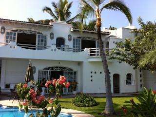 Beachfront Mansion In Puerto Vallarta Mexico - Marathon vacation rentals