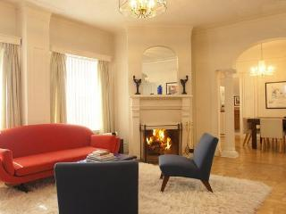 Downtown Penthouse w/ Fireplace, Terrace, Hot-Tub - San Francisco vacation rentals