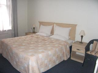 Quality, Homely 2 Bedroom Apartments in Marylebone - London vacation rentals