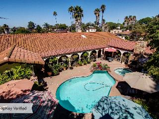 Hidden Hacienda Near All Attractions & Champagne - Pacific Beach vacation rentals