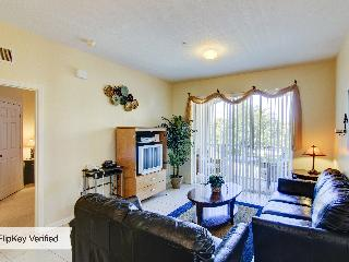 Windsor Hills 3 Bedroom Condo, Less Than 2 Miles to Disney - Kissimmee vacation rentals