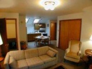 Gills Rock Apartment - Image 1 - Ellison Bay - rentals