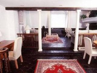Two Bedroom Grand Apartment -- Two Bath Back Bay - Image 1 - Boston - rentals