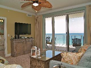 GORGEOUS 2/2 Ocean Reef condo! FREE BEACH SERVICE! - Florida Panhandle vacation rentals