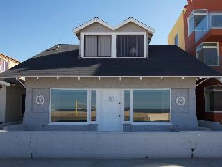 Oceanfront Cottage on the Strand - Hermosa Beach vacation rentals