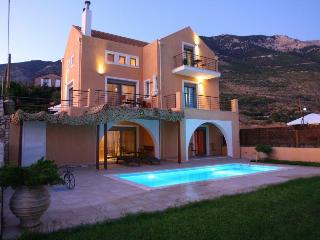 Erofili Villas-Elegant villa with unique sea view - Lourdata vacation rentals