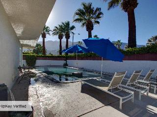 Paradise Corner - Atomic Ranch in Palm Springs - Palm Springs vacation rentals