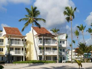 Beautiful 3 bedroom condo on the beach - Punta Cana vacation rentals
