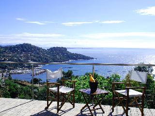 Lovely Villa, heated pool, dazzling sea views - La Machine vacation rentals