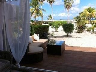 La Casa -  beautiful  apartman on the beach - Saint Martin-Sint Maarten vacation rentals