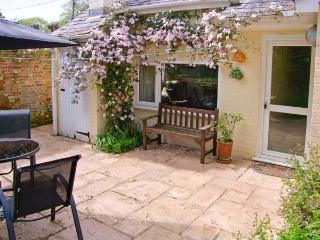 BRAMLEY NOOK all ground floor, romantic retreat, lovely village location in Damerham Ref 913307 - Hampshire vacation rentals