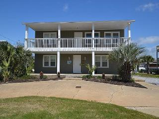 5 Bedroom House located on the Canal with two Boat Slips... - Destin vacation rentals