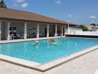Budget Disney Orlando Pool Secure Davenport - Davenport vacation rentals