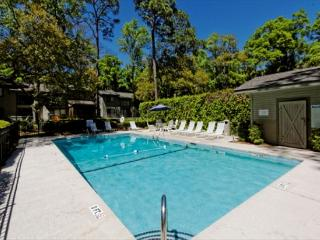 Modern Recently Updated 2BR/2.5BA Villa is a Family Favorite - Forest Beach vacation rentals
