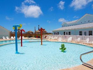 Come enjoy the saltwater pool, kid's pool, playground and free Wifi!!! - Corpus Christi vacation rentals