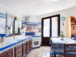 Al Borgo Apartment - Castellammare del Golfo vacation rentals