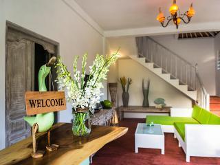 3 BR Lux Pool Villa White Star Seminyak 100m beach - Seminyak vacation rentals