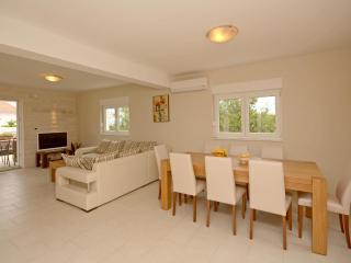 Villa Iva - V2491-K1 - Necujam vacation rentals