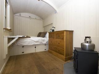 Shepherd's Hut - Godshill vacation rentals