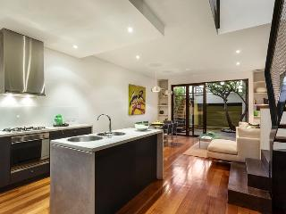 TWO FIVE ZERO / RICHMOND APRIL+MAY 20%OFF! - Halls Gap vacation rentals
