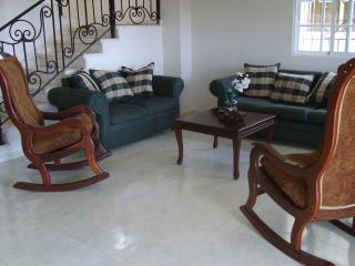mi casa, su casa... - Santo Domingo vacation rentals