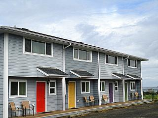 Nye Beach Townhomes: Green Door--No Cleaning Fee!* - Newport vacation rentals