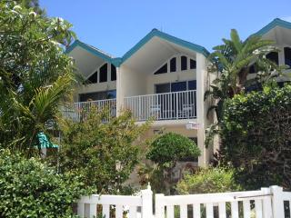Coconuts Two Bedroom Unit 118 Upstairs Courtyard - Holmes Beach vacation rentals