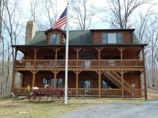 Franklin Manor_luxury log home on 18 acres and close to local attractions!!!! - Shenandoah Valley vacation rentals