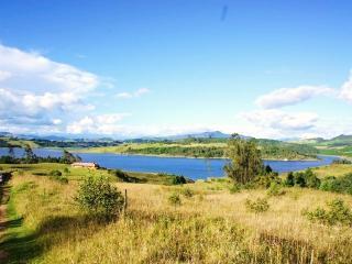 BEAUTIFUL COUNTRY HOME EN EL SISGA, COLOMBIA - Cundinamarca Department vacation rentals
