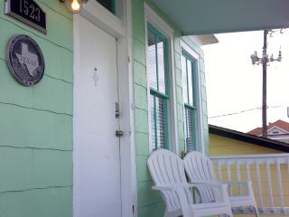 3 Bedroom Home, 600' From the Water - Bacliff vacation rentals