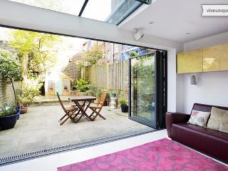 Islington townhouse 4 bedroom, Burgh Street, sleeps 8 - London vacation rentals