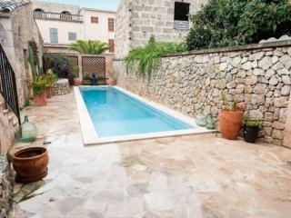 RAMALLET - Petra vacation rentals