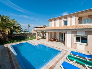 THALASSA - Son Veri vacation rentals