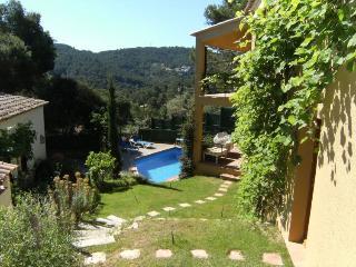 SA RIERA 2D - 4 PAX - Begur vacation rentals