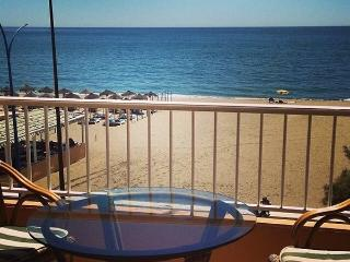 Closer to the beach impossible... - Fuengirola vacation rentals