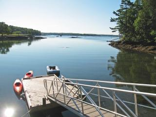 Oceanfront Cottage On Linekin Bay Boothbay Harbor - Pemaquid vacation rentals