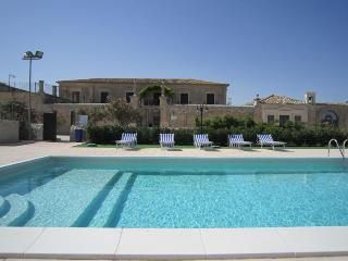 Casa Vacanze in Sicilia a Modica - Villa d'Ester - Modica vacation rentals