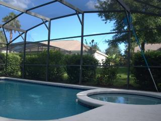 Amazing Villa With Oversize Pool & Spa - Clermont vacation rentals