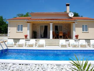Amazing three bedroom Villa with great location - Vrsar vacation rentals