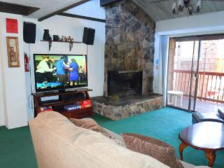 #47 Premier 2BR Townhouse w/Spa. By Snow Summit! - Big Bear Lake vacation rentals