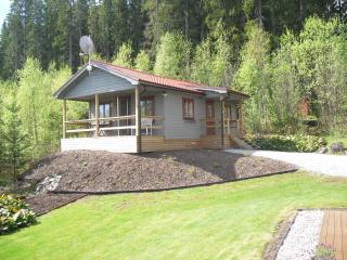 Guesthouse with beautiful lake view - Swedish Lakeland vacation rentals