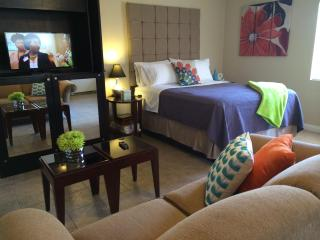 Studio in Historic Huntridge - Las Vegas vacation rentals