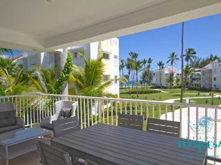 PLAYA TURQUESA E-202 - 3 br + maid room ocean view - Bavaro vacation rentals