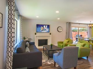 Suite Escapes 2! Walk to Disney/Conv Ctr! Pool! - Anaheim vacation rentals