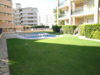 Amanecer - Apartamento 2/4 - Miami Platja vacation rentals